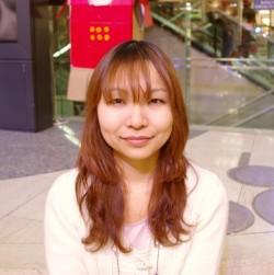 葛山 智子 (Tomoko Katsurayama).