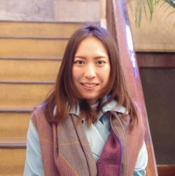 千森 麻由 (Mayu Chimori)